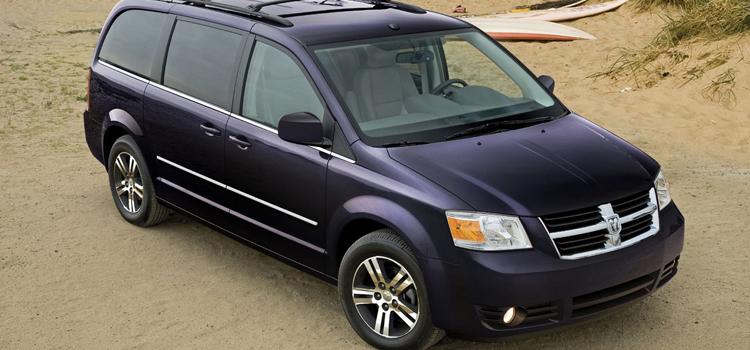 junk 2010 Dodge Grand Caravan